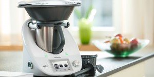 col_combined_Thermomix_in_kitchen-002